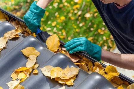 Qui est en charge des réparations locatives dans un logement en location ?